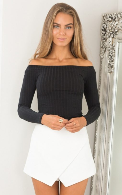 Off Shoulder Long Sleeve Cropped Top 3