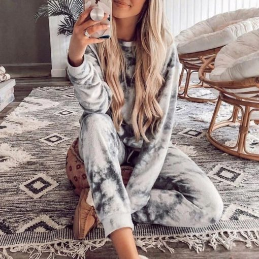 Two Piece Lounge Set 1