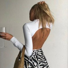 Open Back T-shirt Cropped Top